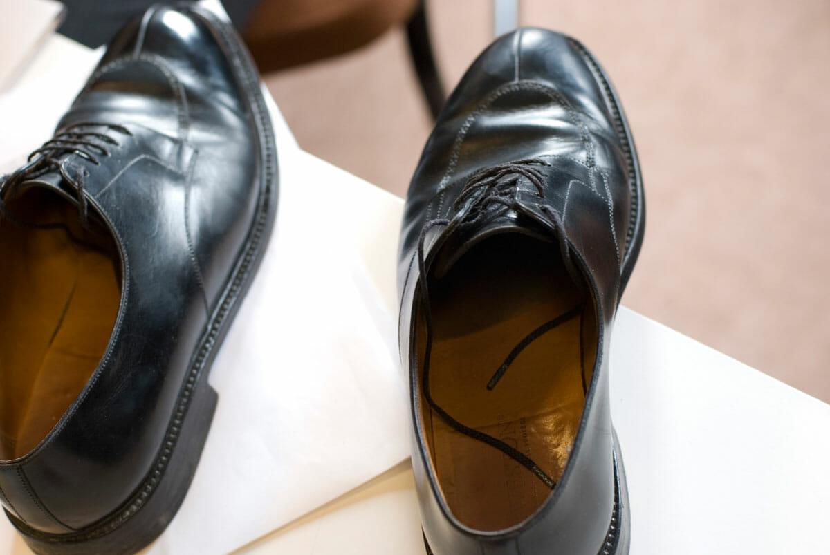 Przyszedł moment, w którym ludzie zaczęli ściągać buty ...