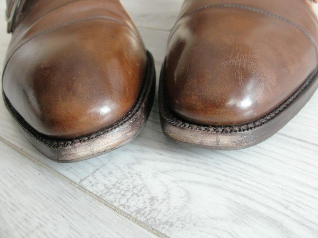Renowacja obcasów i krawędzi butów