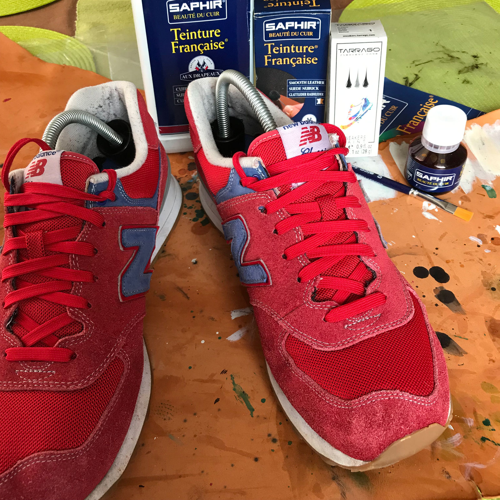 Renowacja zamszowych sneakersów