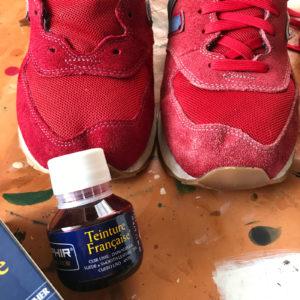 Farba do butów