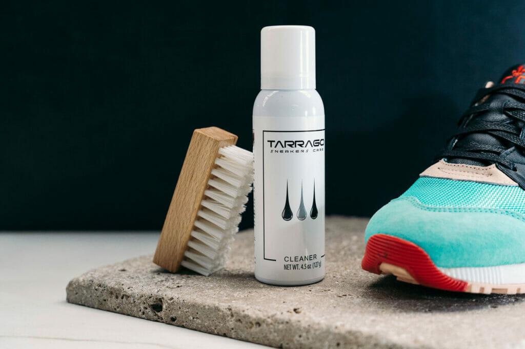 Cleaner i szczotka do czyszczenia sneakersów