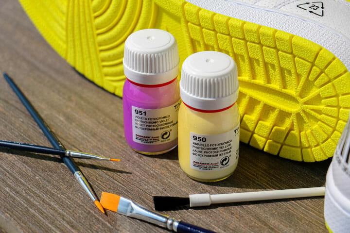 Photochromic Acrylic Paint Custom farby do butów i jeansu zmieniają kolor