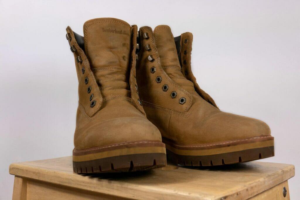 Czyszczenie i renowacja zamszowych i nubukowych butów, traperów Timberland