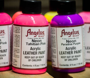 ANGELUS Acrylic Leather Paint Neon 4oz
