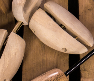 DASCO Shoe Trees Finish Beech