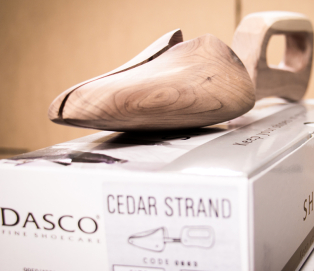DASCO Shoe Trees Cedar Handle