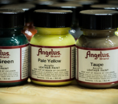 ANGELUS Acrylic Leather Paint 1oz